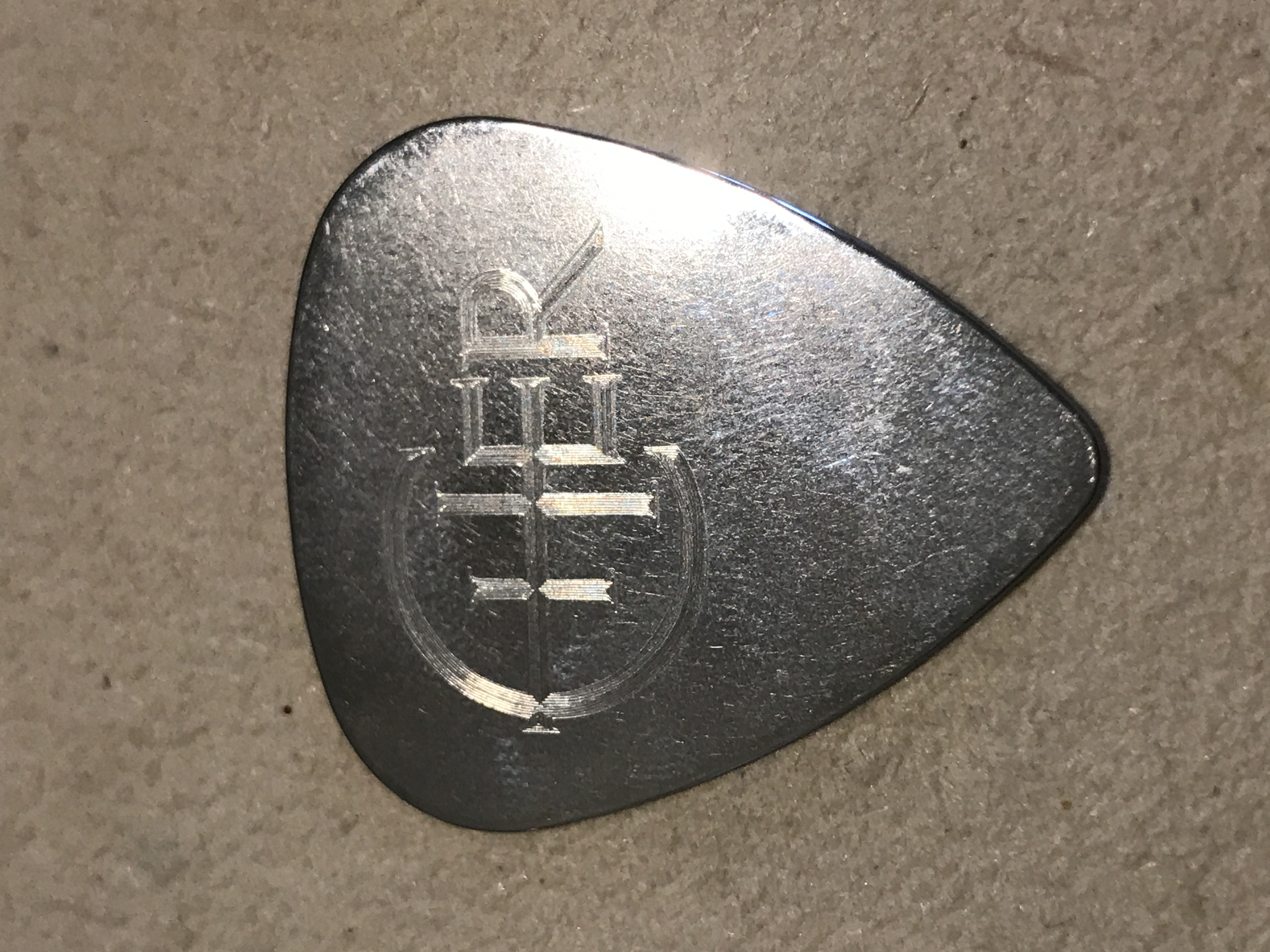 Metal Cher Guitar Pick